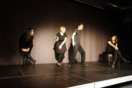 Tusza na ramieniu - spektakl improwizowany