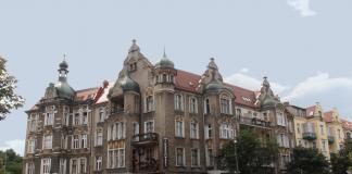 ulepszanie mieszkań komunalnych