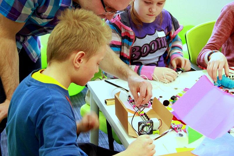 Cyfrowy Dzień Dziecka w Technoparku