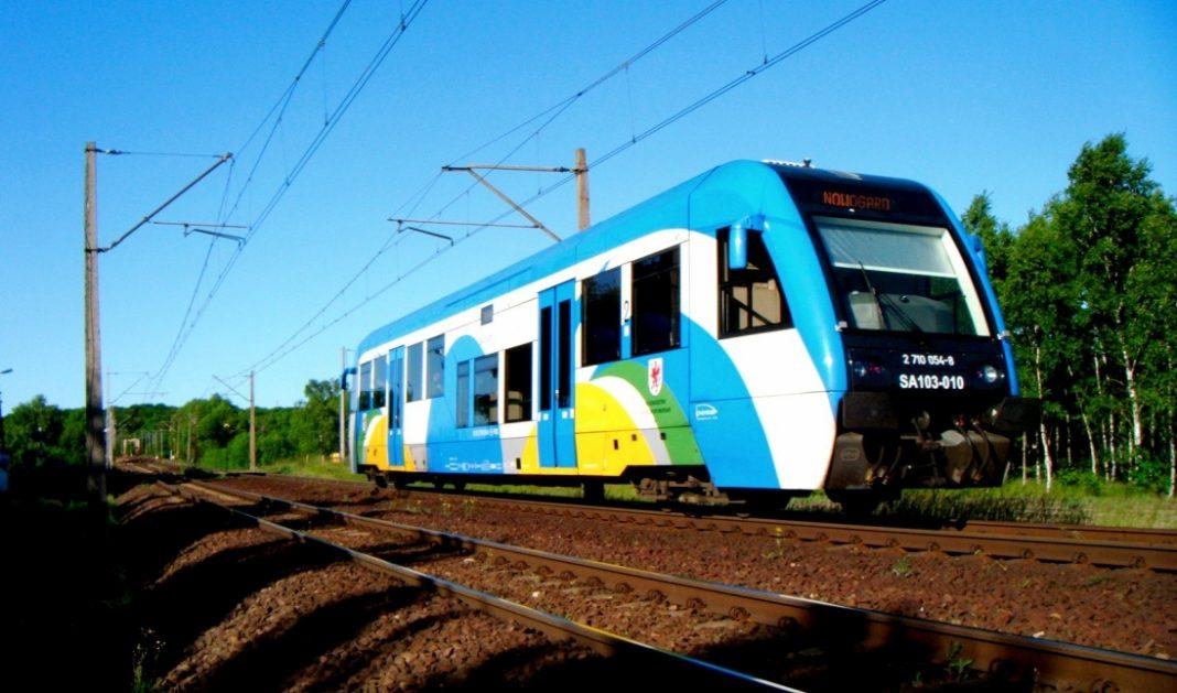 pociąg ze Sławna do Darłowa