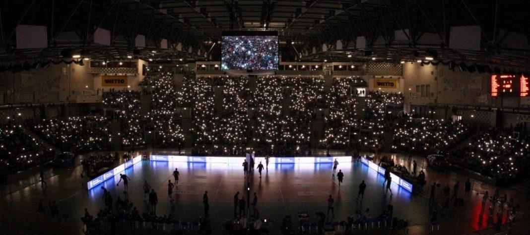 awaria oświetlenia Netto Arena