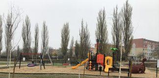 boisko, plac zabaw i siłownia pod chmurką na Pomorzanach