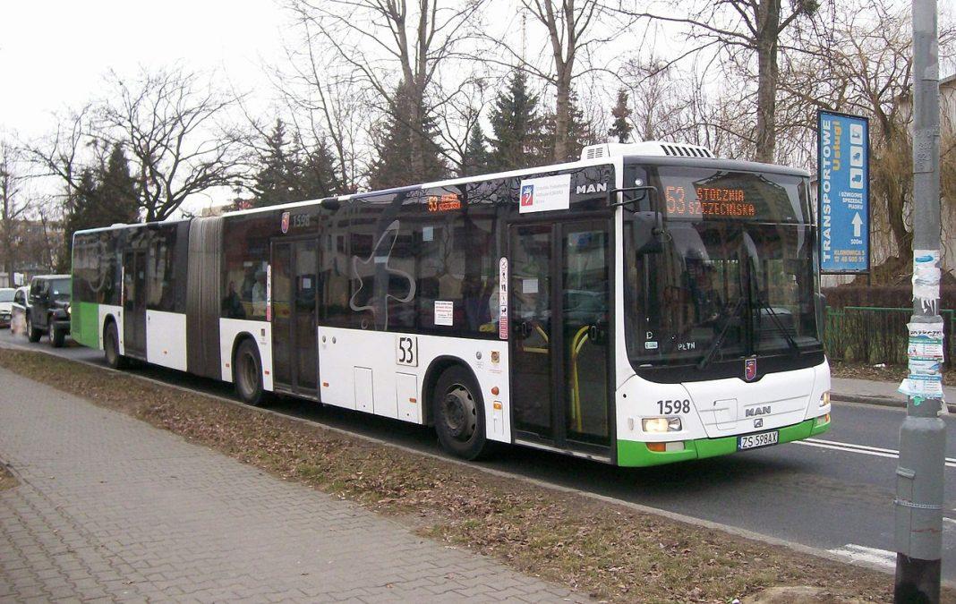 Sylwester na Jasnych Błoniach autobusy