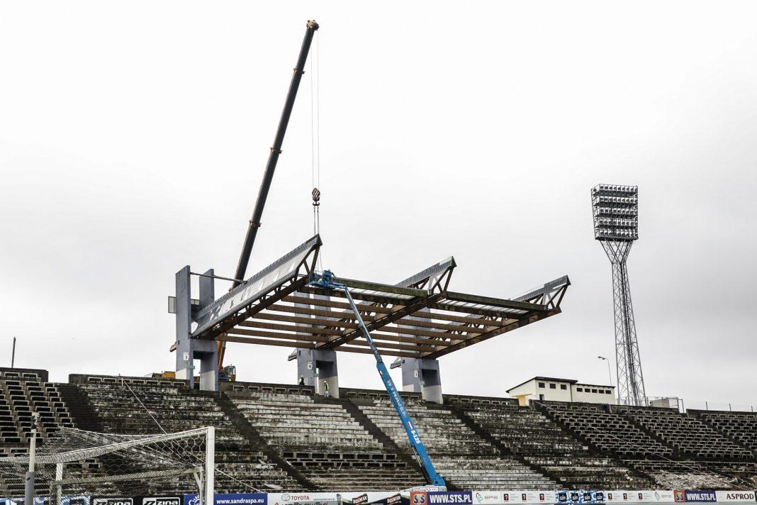 Stadion Miejski demontaż dachu