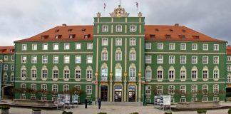 plac Adamowicza nazwa petycja