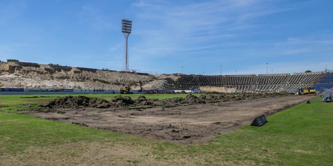 stadion miejski wymiana murawy