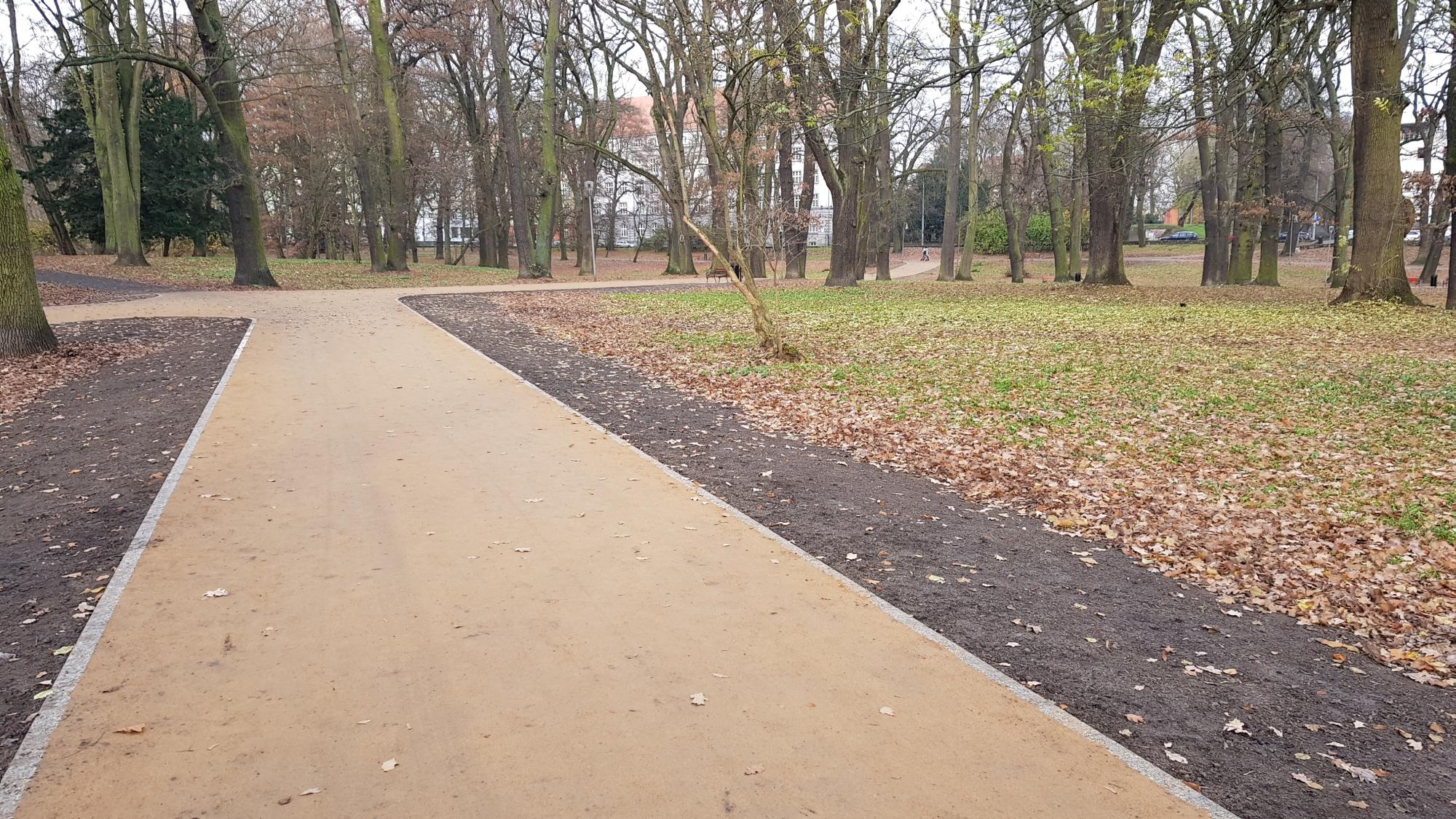 park Żeromskiego Szczecin alejki remont