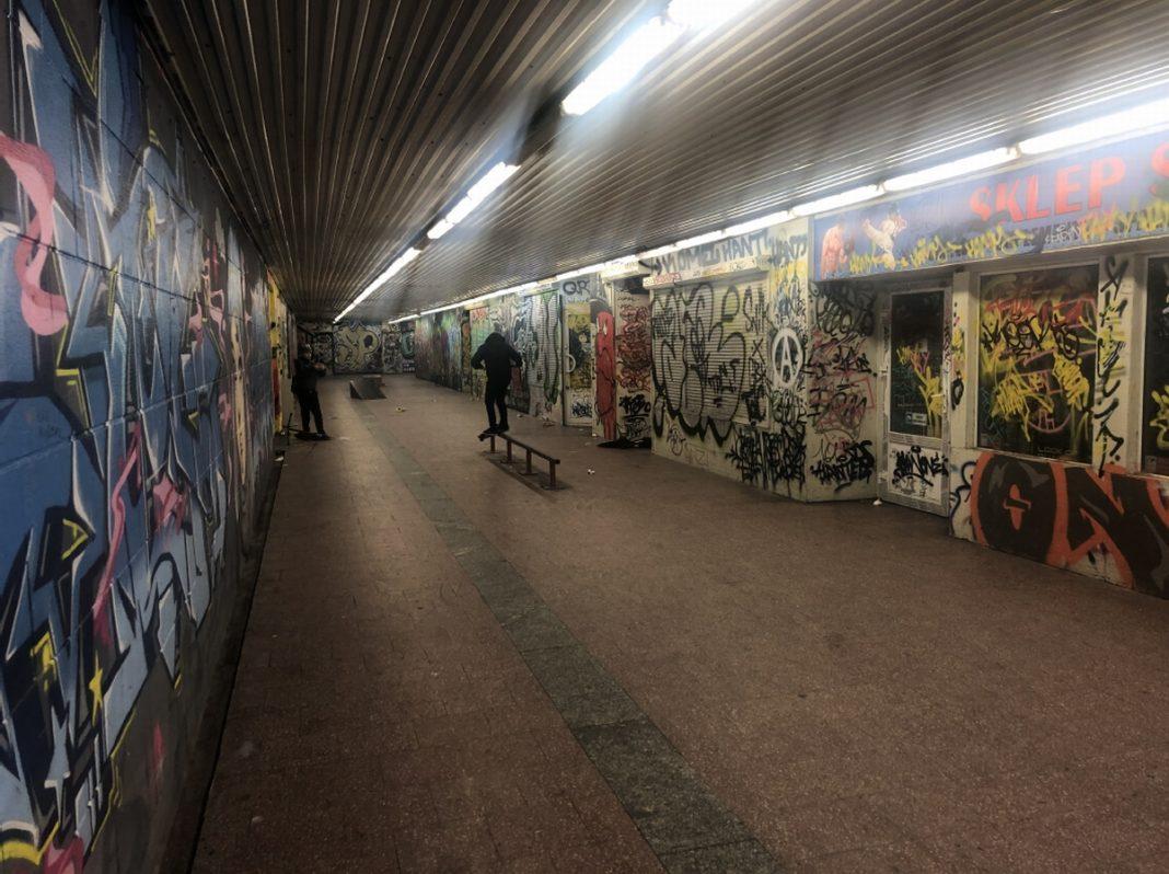 skatepark przejście podziemne