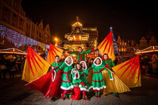 Parada Świąteczna i spektakl Gwardii Gryfa