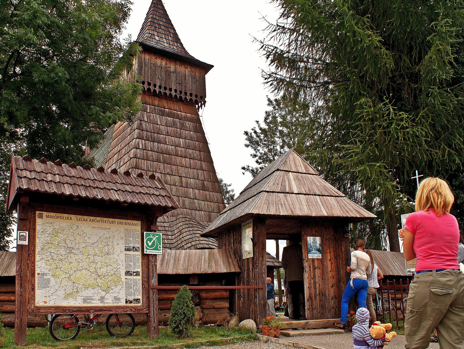 Kościół św. Michała Archanioła w Dębnie [wirtualny spacer]