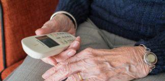 pomoc sąsiedzka seniorzy