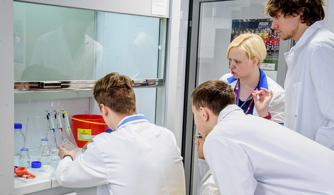 uczelnie Pomorze Zachodnie granty wsparcie koronawirus pandemia