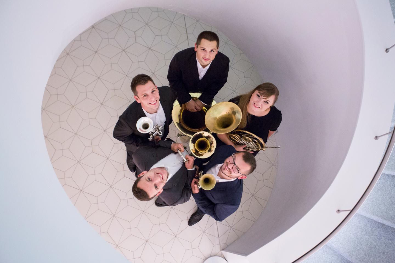 Podwórkowy Dom Kultury w Parku Nadratowskiego - Szczecin Brass Quintet