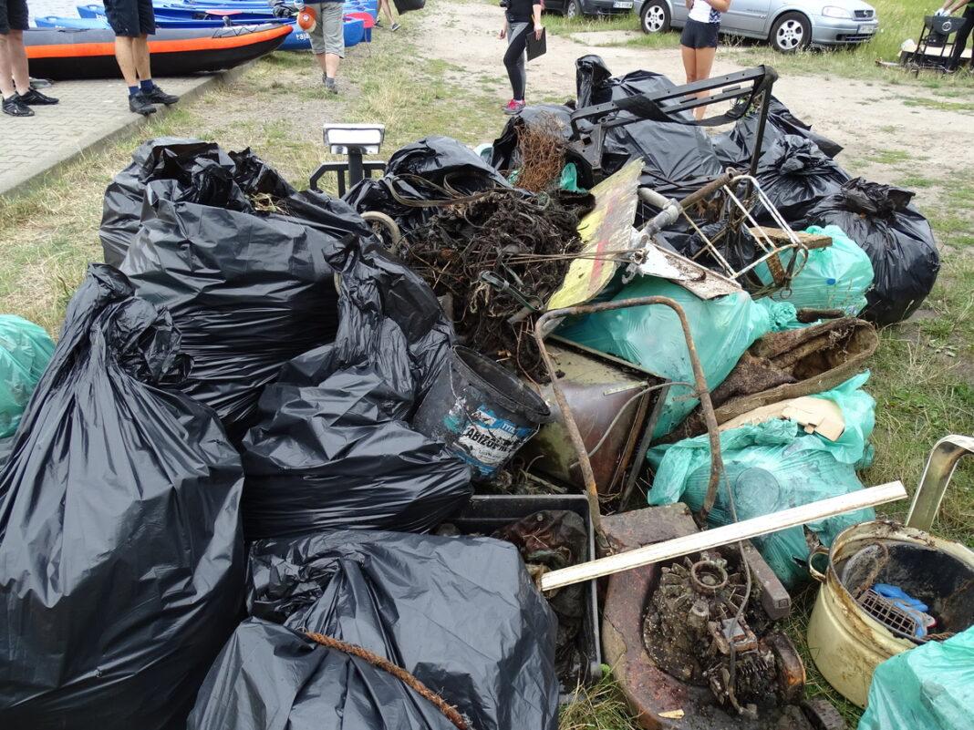 Kajakowy Eko Patrol Wyspa Grodzka śmieci