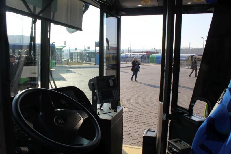 linia autobusowa 73 93 zmiany sierpień 2020