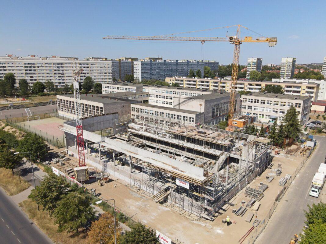 hala basenowa SP 51 Szczecin postęp prac sierpień 2020
