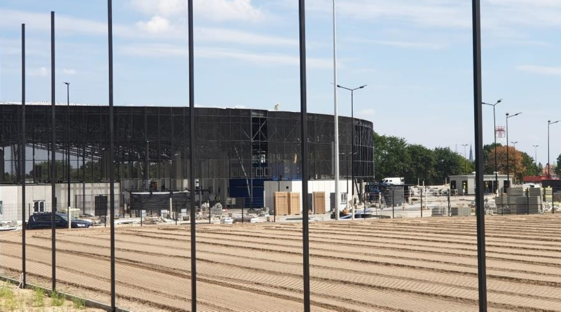 Stadion Miejski nowa murawa wrzesień 2020