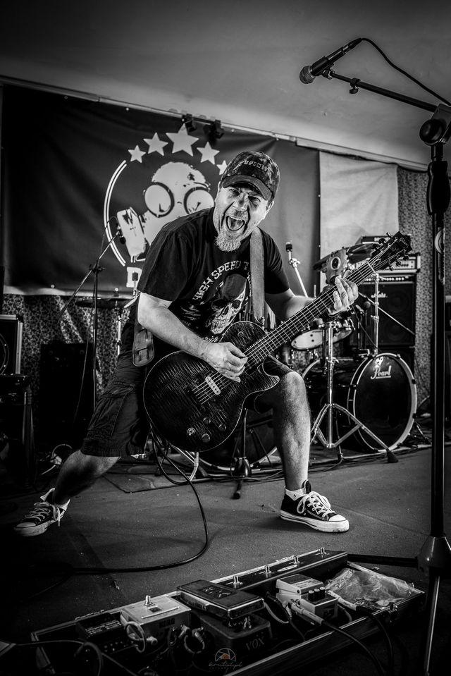 Koncert zespołu TERAZ - power trio rock and shock