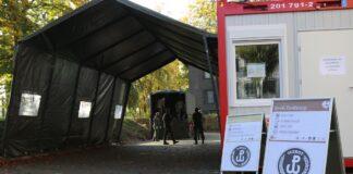 koronawirus testy mobilny punkt pobrań szpital przy ul. Unii Lubelskiej Szczecin
