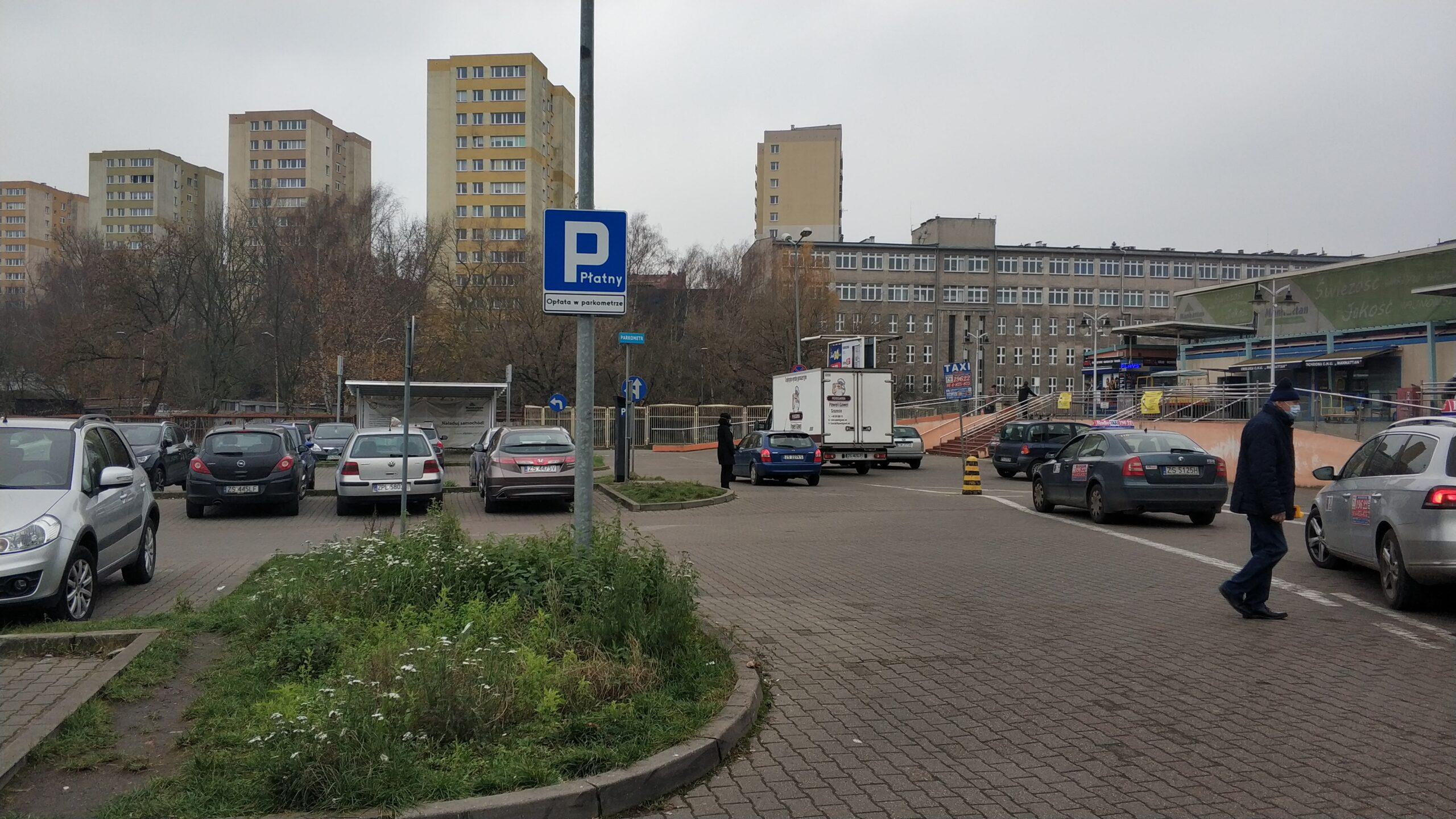 parking-przy-Manhattanie-płatny