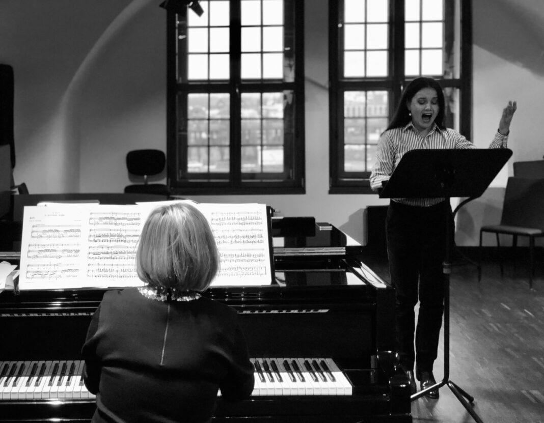 Opera na Zamku recital rosyjskiej liryki koncert online