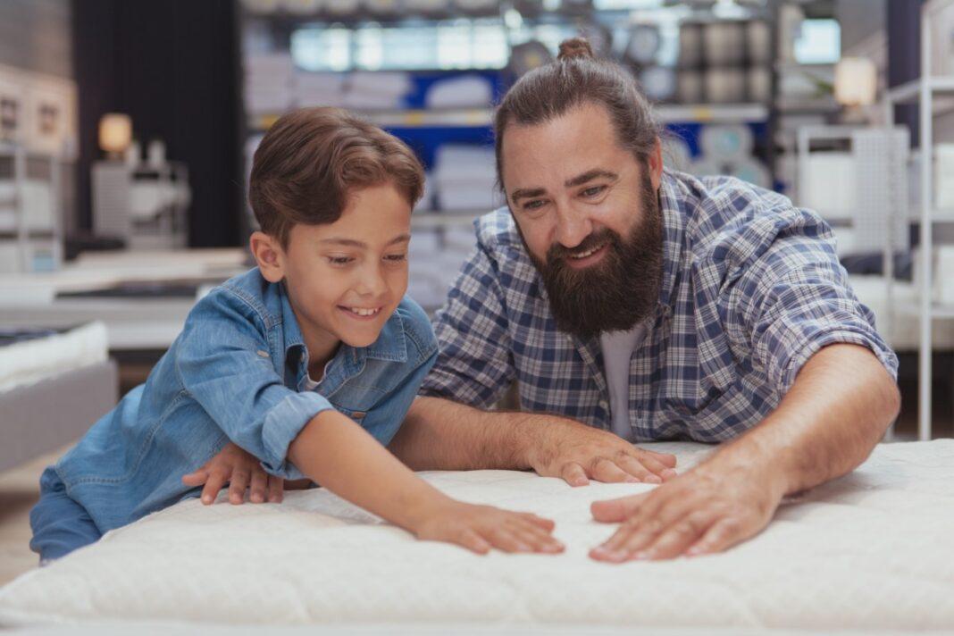 Jaki powinien być dobry materac dla dziecka?