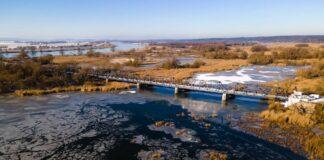 taras widokowy na moście kolejowym w Siekierkach