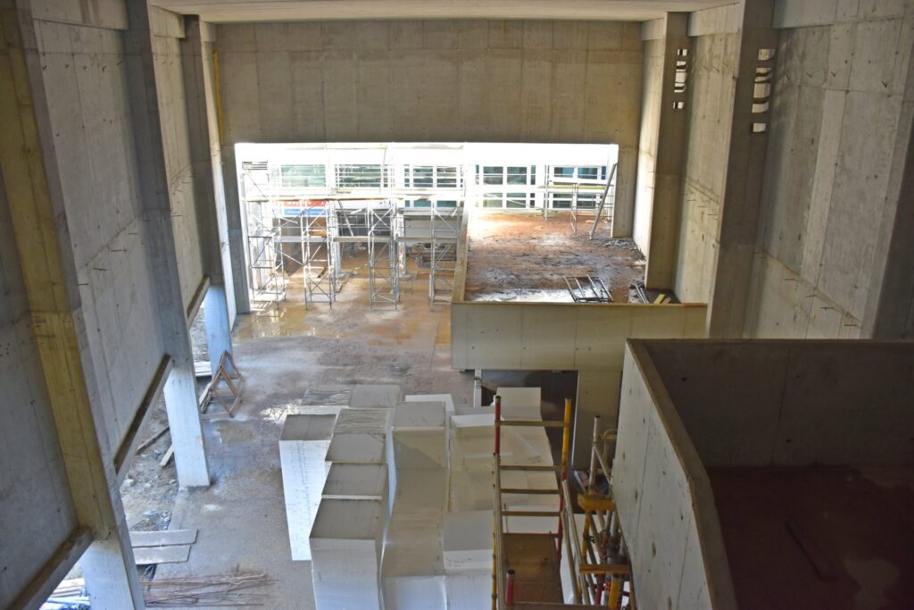 Na placu budowy Muzeum Techniki iKomunikacji