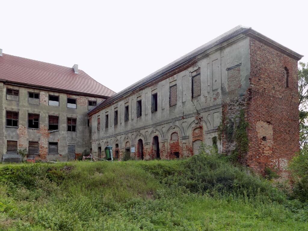 Zamek-w-Swobodnicy-oficyna