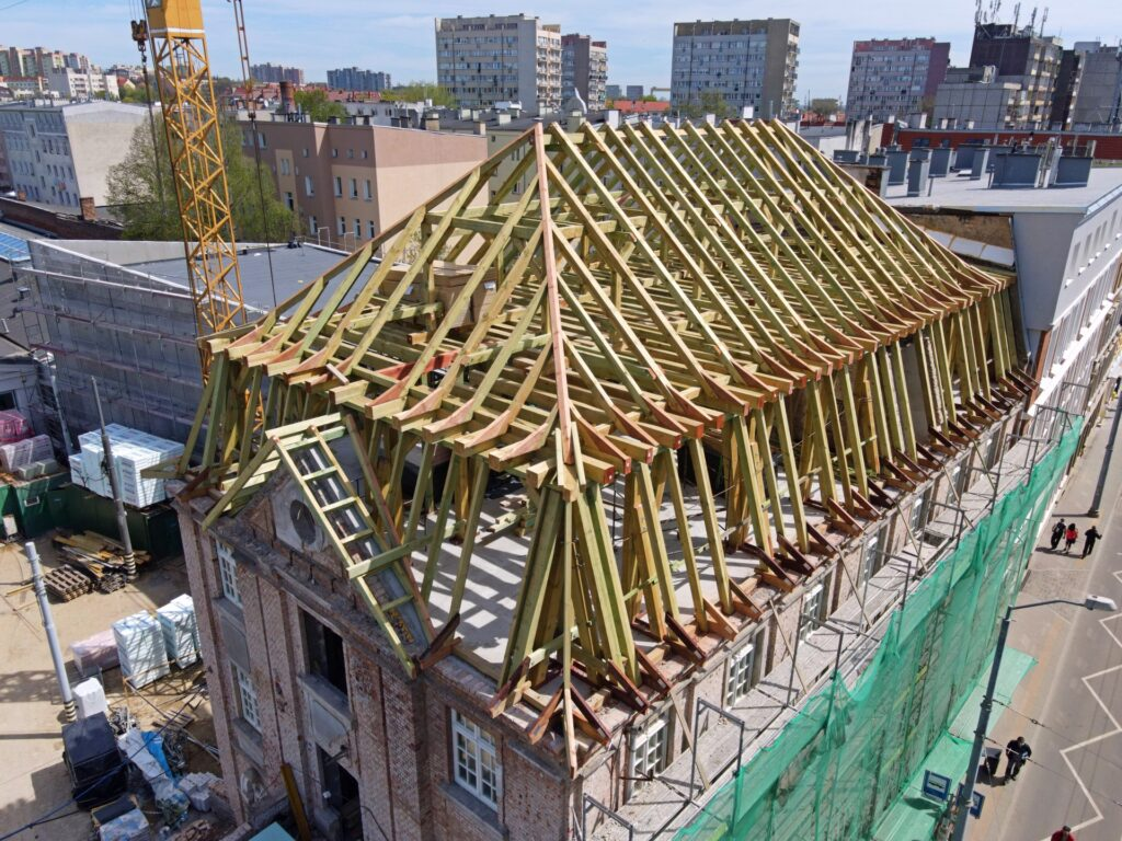 zdjęcia zplacu budowy Muzeum Techniki iKomunikacji