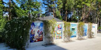Kolorowe mozaiki na Promenadzie Zdrowia w Świnoujściu