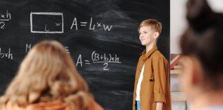 rok szkolny 2021 2022 MEiN