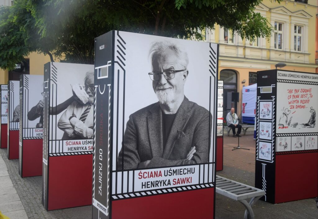 wystawa grafik Henryka Sawki