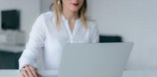 szukanie pracy przez Internet